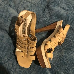Naughty Monkey Beige Shoes Sandals 7